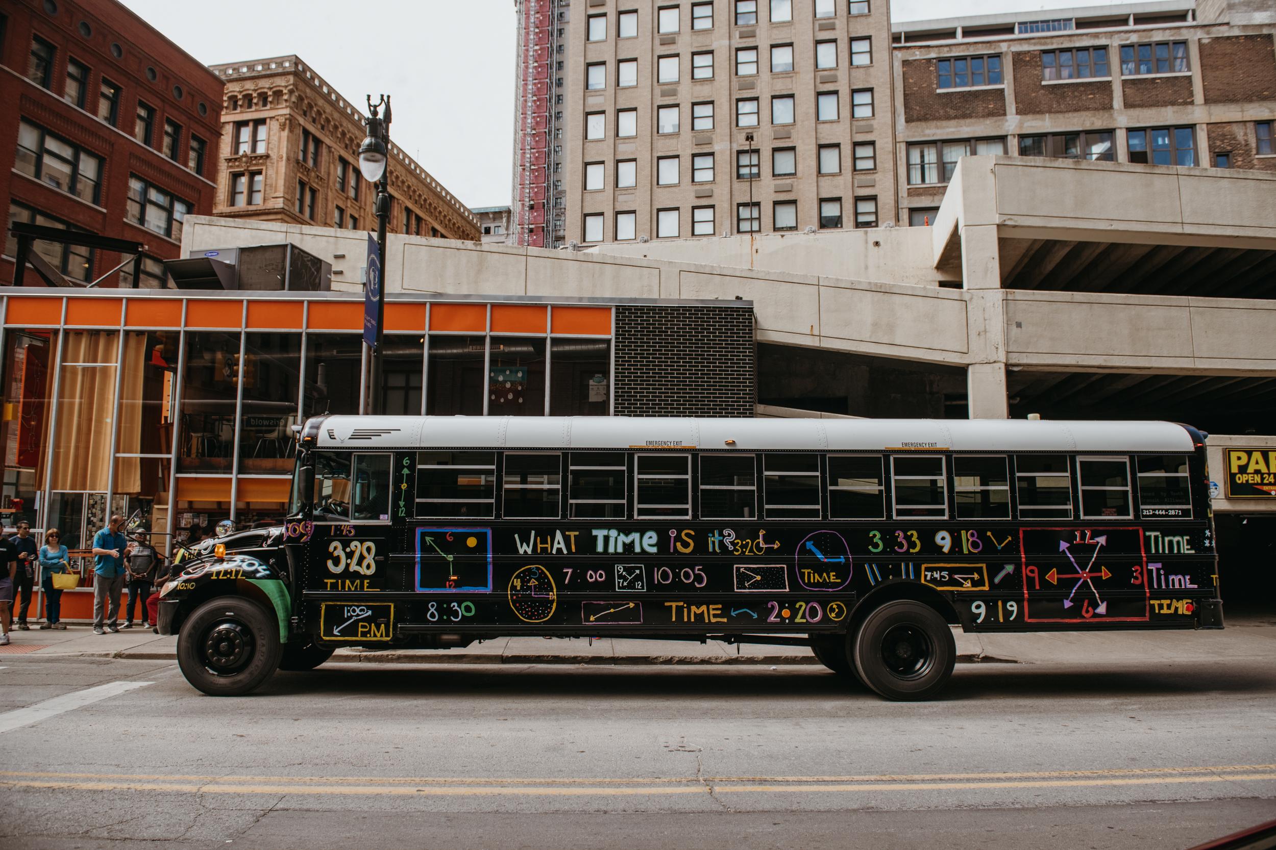 Detroit Bus